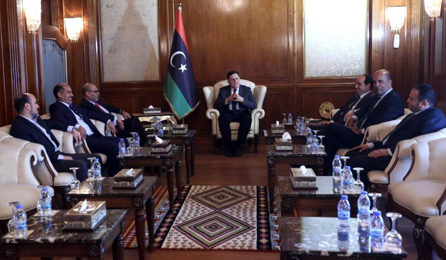 اجتماع تونس وحل الأزمة الليبية