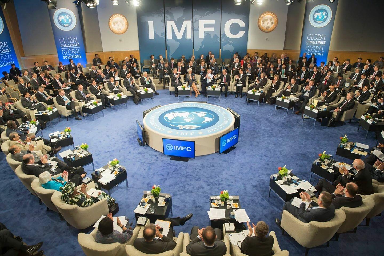 صندوق النقد والبنك الدوليان.. ما لهما وما عليهما