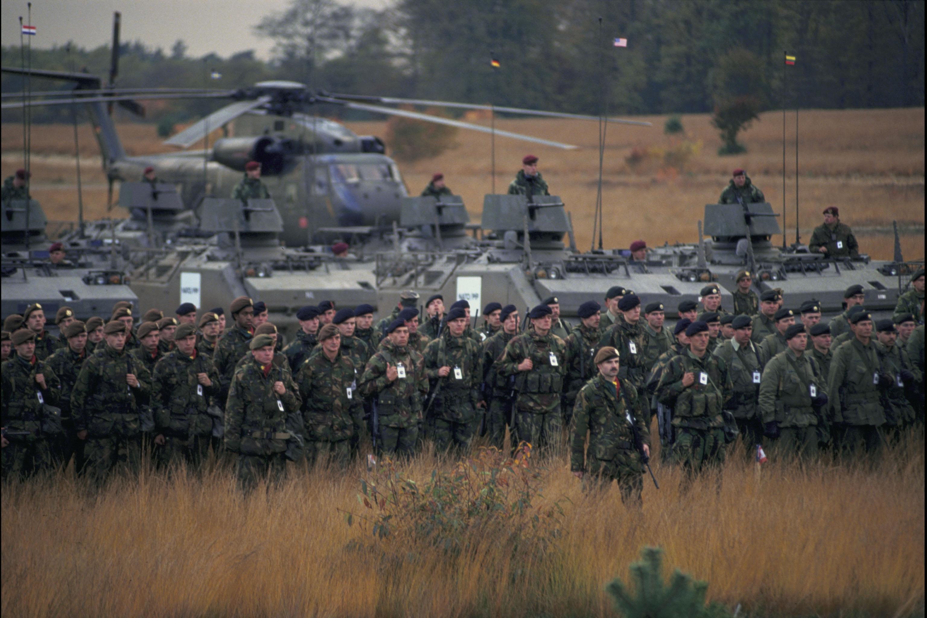 أضخم تعزيزات لحلف الأطلسي على حدود روسيا