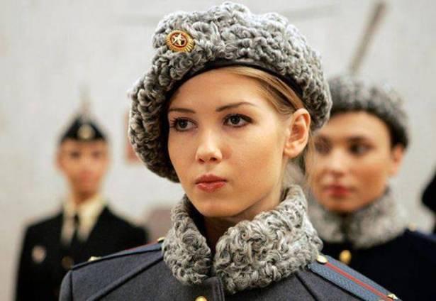 جندية روسية