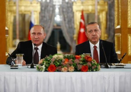 إردوغان وبوتين يبحثان الهجوم على جنود أتراك في سوريا
