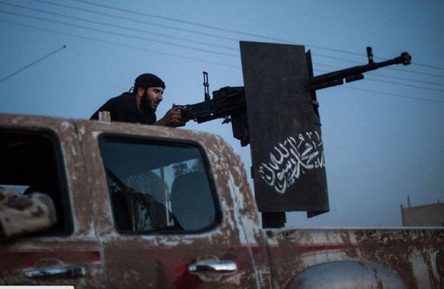 """اشتباكات بين """"جيش الإسلام"""" و""""فيلق الرحمن"""" في الغوطة الشرقية"""