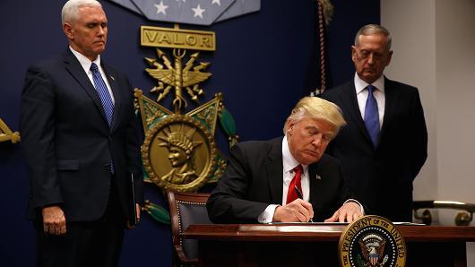 ملامح أولية لاستراتيجية ترامب في العراق وسوريا