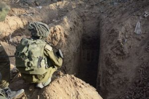 إسرائيل تبحث عن أنفاق حزب الله