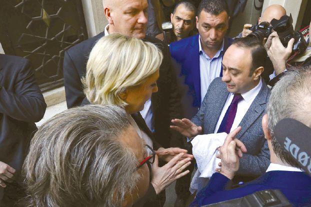 لوبان وماكرون يخوضان الجولة الثانية للانتخابات الفرنسية