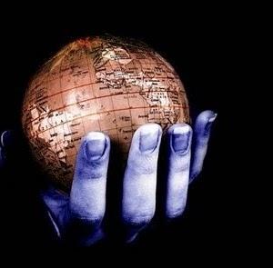 عصر انكفاء العولمة والعلمانية!