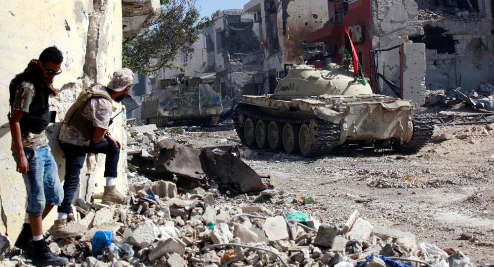 قوات الحكومة الليبية تدفع قوات حفتر للتراجع جنوبي طرابلس