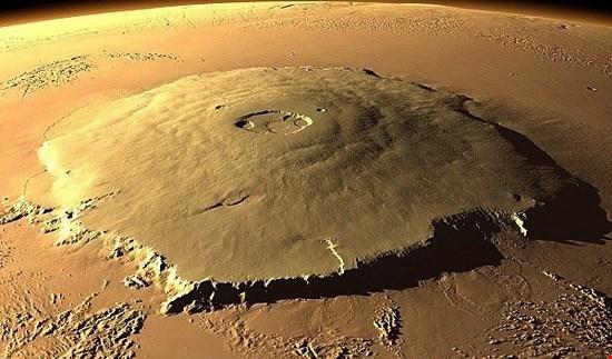 ما سبب الفياضانات على سطح الكوكب الأحمر؟