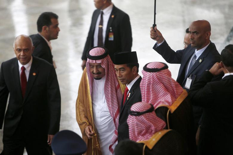 اتفاقات سعودية صينية بمليارات الدولارات