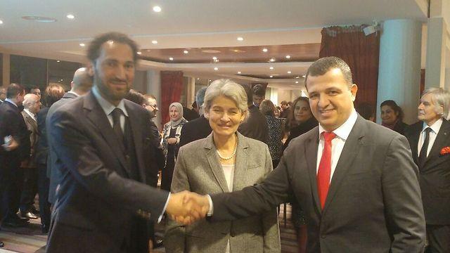 الفنان العراقي نصير شمة يلتقي سفيراً إسرائيلياً