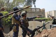 """""""داعش"""" يشن هجوماً كيمائياً في الموصل"""