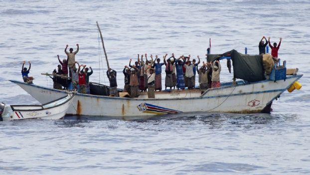 أميركا تربط زيادة القرصنة قبالة الصومال بالمجاعة