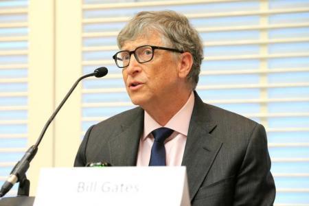 بيل غيتس يدعم جهود مكافحة الأمراض الاستوائية