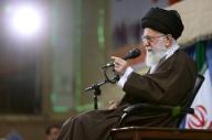 خامنئي وروحاني… خلافات علنية بين الرجلين الأكثر قوة ونفوذا في إيران