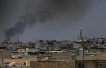 بيان: سقوط صواريخ على قاعدة عسكرية قرب مطار بغداد وإصابة 6