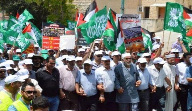 استطلاع: انخفاض في تضامن سكان إسرائيل العرب مع الدولة وطابعها اليهودي