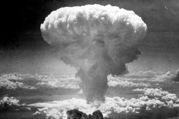 نيويورك تايمز: إسرائيل خططت لتنفيذ تفجير نووي في سيناء