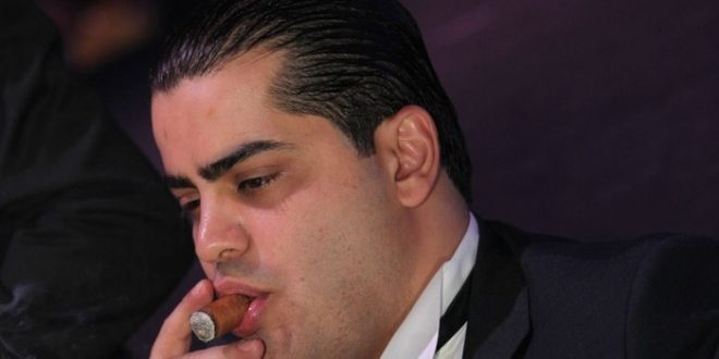 من هو رجل الأعمال اللبناني الذي أهداه بوتين قلمه الخاص !