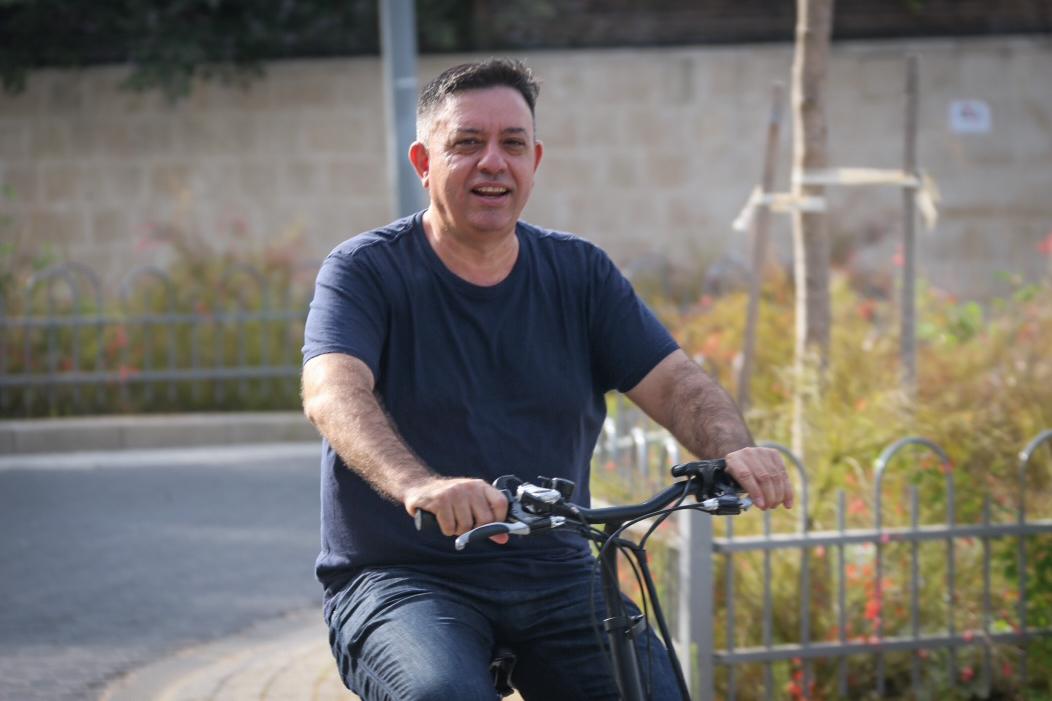 """نجم السياسة الإسرائيلية مغرم بنانسي عجرم وبـ""""يا طبطب"""""""