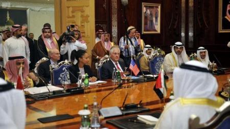 تيلرسون ينهي محادثاته بشأن أزمة قطر دون التوصل إلى حل