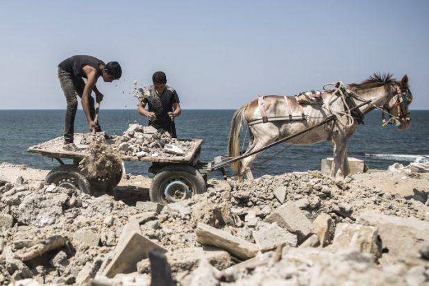 بدء نقل الوقود الصناعي من قطر إلى غزة