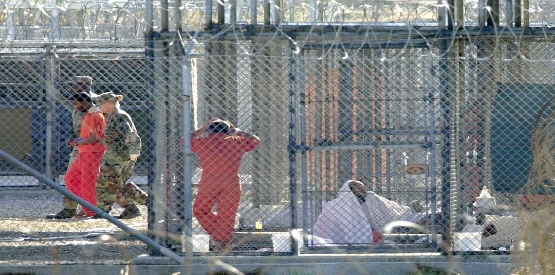 البنتاغون يتكبد 370 ألف دولار كلفة فحوصات سجين في غوانتانامو