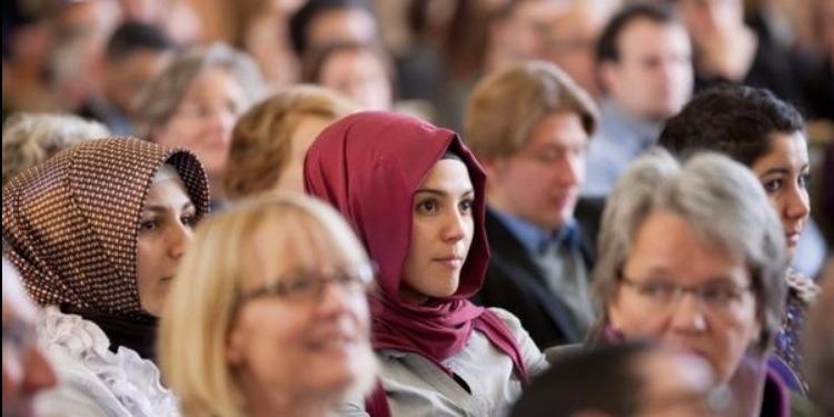 عطلة المسلمين في ألمانيا تثير جدلاً واسعاً