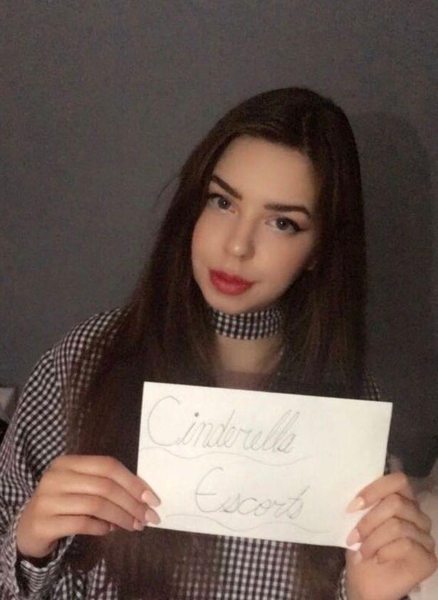 بالفيديو .. فتاة تبيع عذريتها بملايين الدولارت في مزاد علني