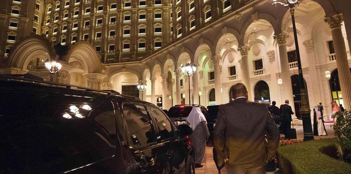 """تفاصيل عن فندق """"ريتز كارلتون"""" حيث يحتجز أمراء سعوديون"""