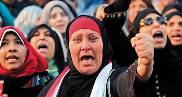 أثر تطبيق نظام الكوتا على التمثيل للبرلماني للمرأة: دراسة مقارنة بين مصر وفرنسا فى الفترة بين عامي (2005-2015)