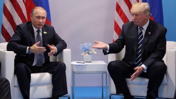 من يضحك على الآخر.. ترامب أم بوتين؟