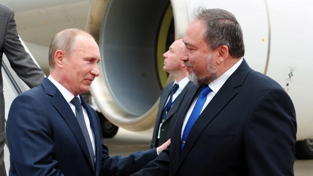 الاتصالات بين إسرائيل وروسيا تتناول جنوب سوريا والتمركز الإيراني