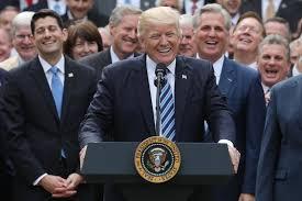 أيها الجمهوريون، أنقذوا حزبكم بعزل الرئيس