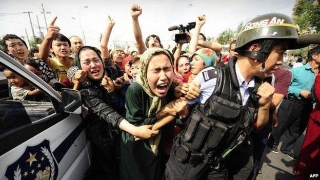 هل تحاول الصين نزع الإسلام من مسلمي الإيغور؟