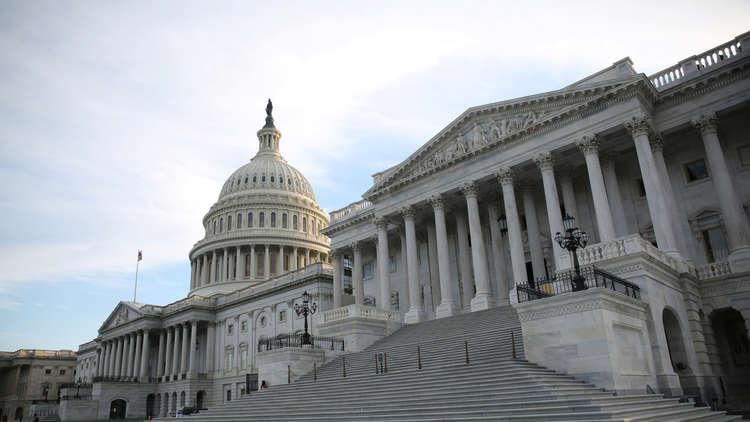 مجلس الشيوخ الأميركي يوافق على مشروع قانون رفع سقف الديون