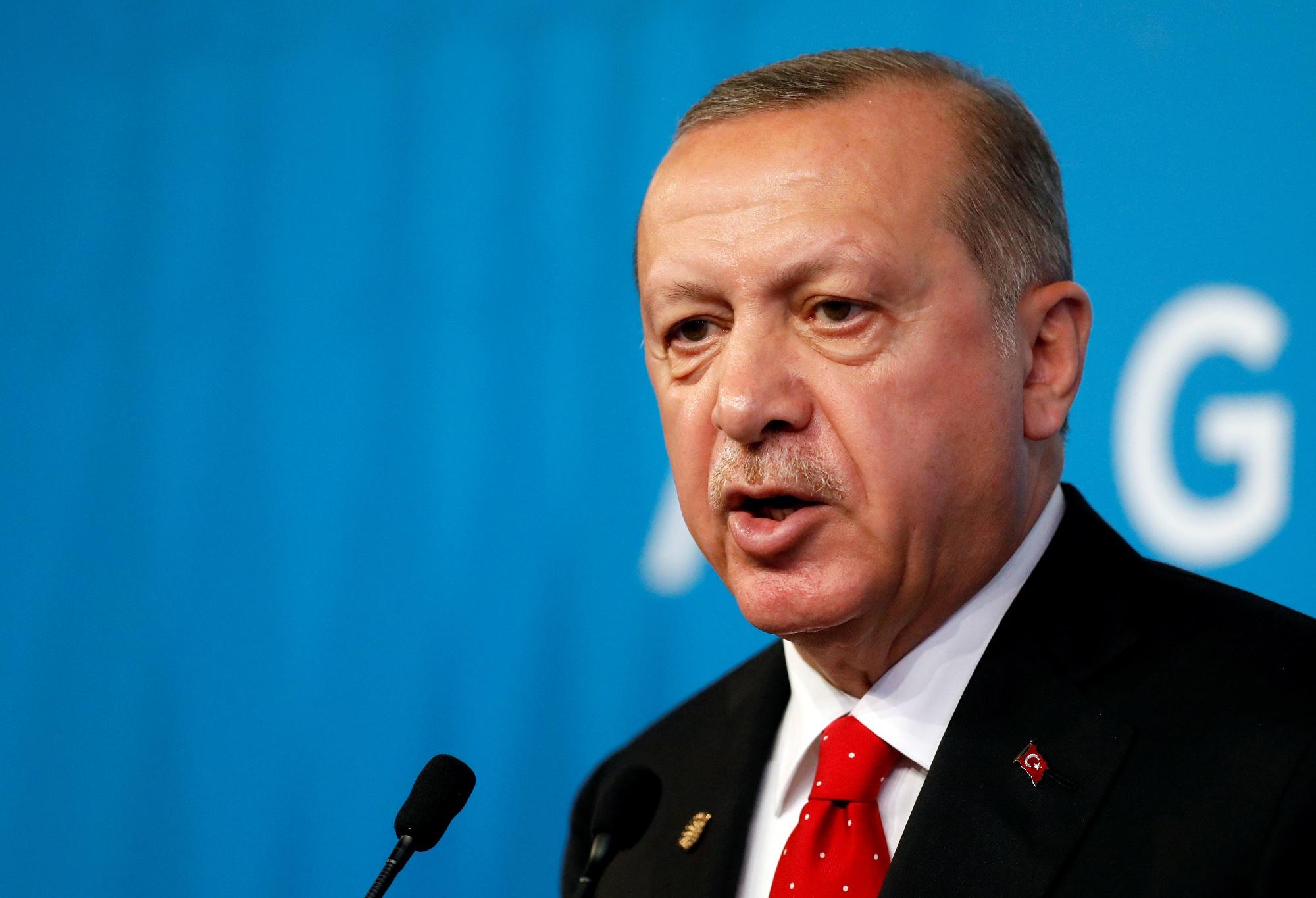 أردوغان لبوتين: هجوم الجيش السوري يسبب أزمة إنسانية كبرى