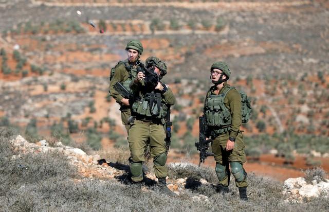 Ynet: حملة ردع أميركية – إسرائيلية غير مسبوقة قبالة إيران.. غواصات وقاذفات في الخليج