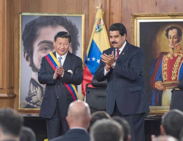 """فورين أفيرز"": واشنطن وبكين ستقرران مصير فنزويلا"