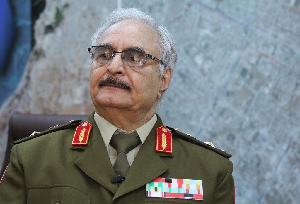 """""""وول ستريت جورنال"""": السعودية وعدت حفتر بتمويل هجومه على طرابلس"""