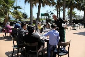 الحياة تبدو طبيعية في طرابلس، لكن إلى متى؟