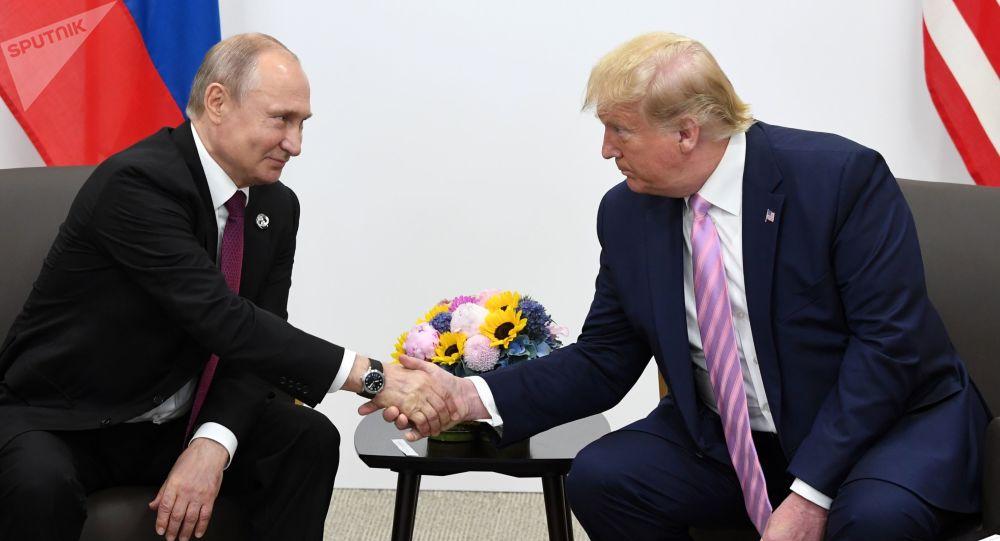 ترامب : أفكر جدياً في زيارة موسكو