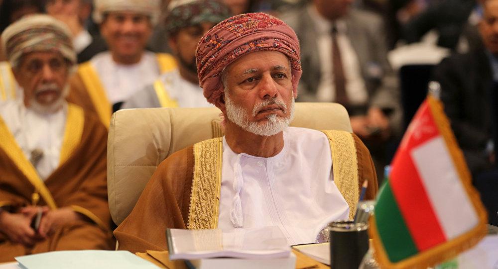 وزير عماني: السلطنة لا تتوسط في التوتر المتصاعد بالمنطقة