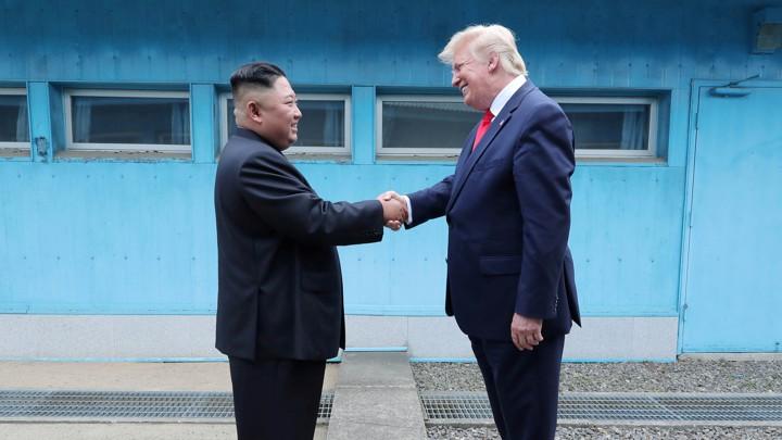 ترامب سيصوّب تناقضات سياسته الخارجية بإبعاد بولتون