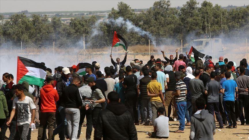 إصابة 40 فلسطينياً برصاص الجيش الإسرائيلي