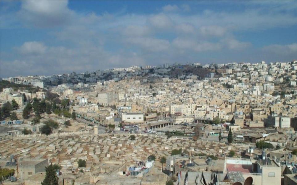 يديعوت أحرونوت: نتنياهو يقول أن المستوطنون اليهود ليسوا غرباء في الخليل
