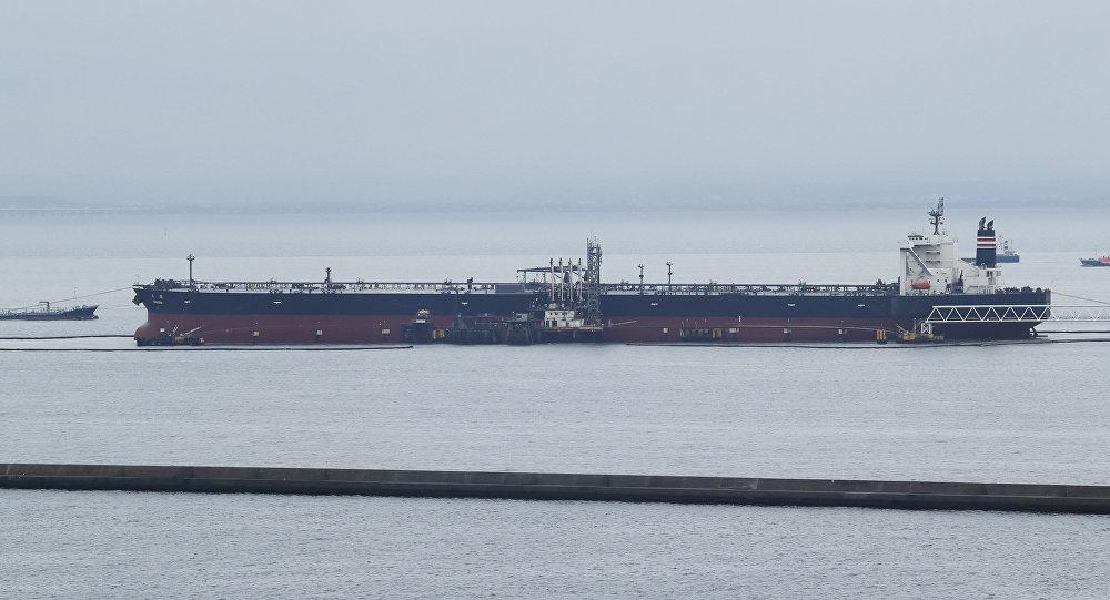وصول ناقلة النفط البريطانية التي كانت محتجزة في إيران إلى المياه الدولية