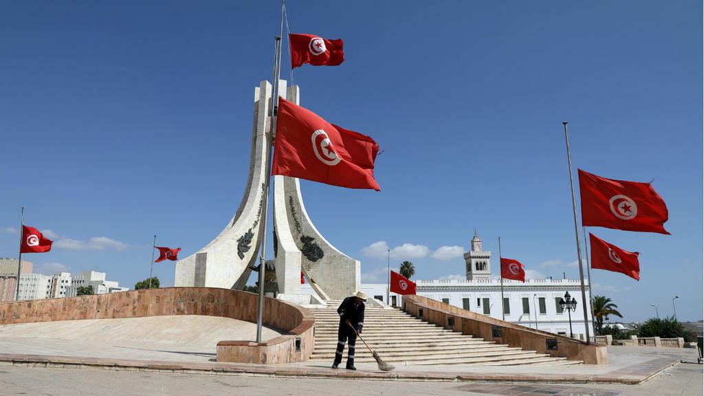تونس :الرئيس الجديد بلا مشروع وطني