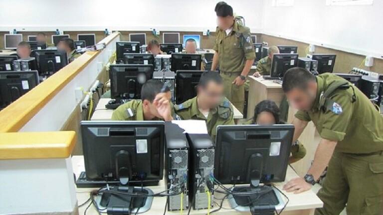 يديعوت أحرونوت: نقل الهاكر الروسي المعتقل في إسرائيل إلى قسم يخضع للرقابة المشددة