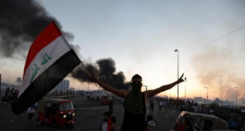 15 قتيلا في اشتباكات بين قوات الأمن العراقية ومحتجين بمدينة الصدر