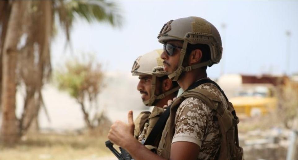 شهود: الإمارات تسحب قوات من عدن